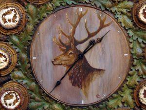ceas_cu_decoratiune_vanatoreasca_o42_1